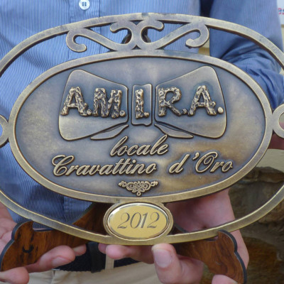 Locale Cravattino d'Oro AMIRA